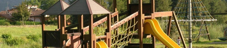 playground-417615_1280.jpg