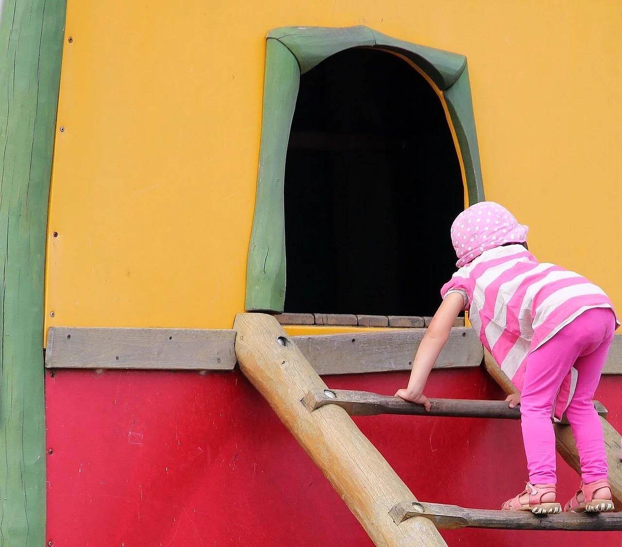 Pourquoi emmener son enfant dans des aires de jeux ?